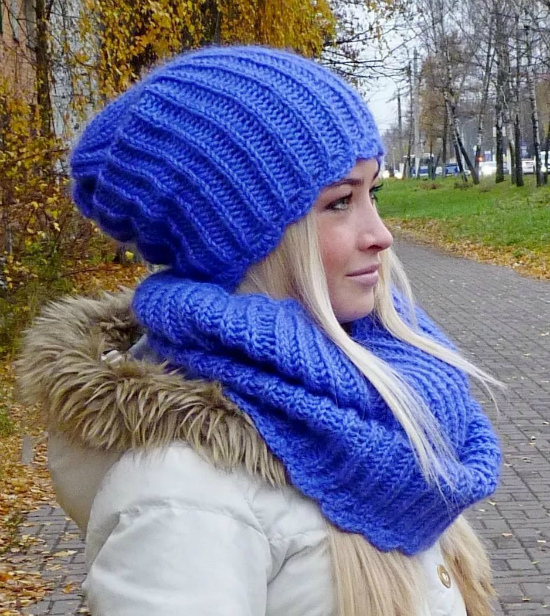 как связать модную шапку бини спицами Modnoe Vyazanie Rucom